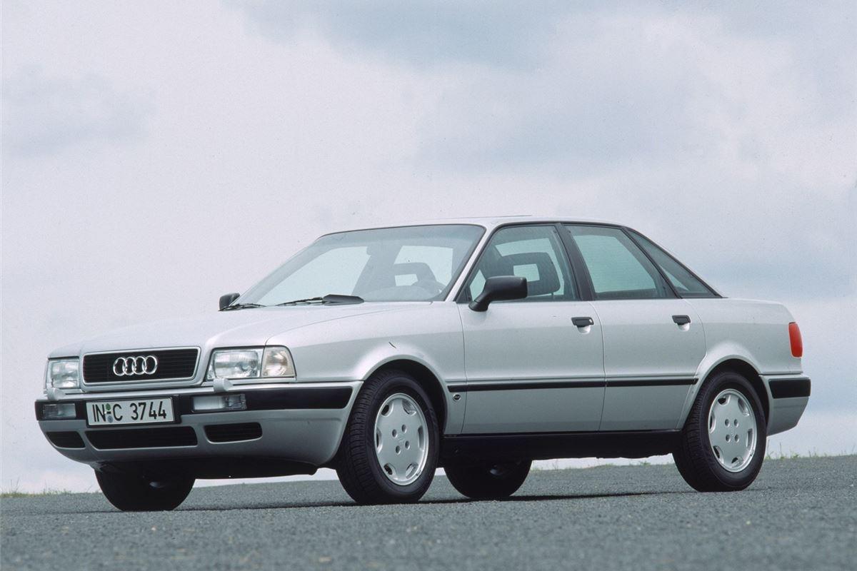"""Audi 80, также известна как """"бочка"""""""