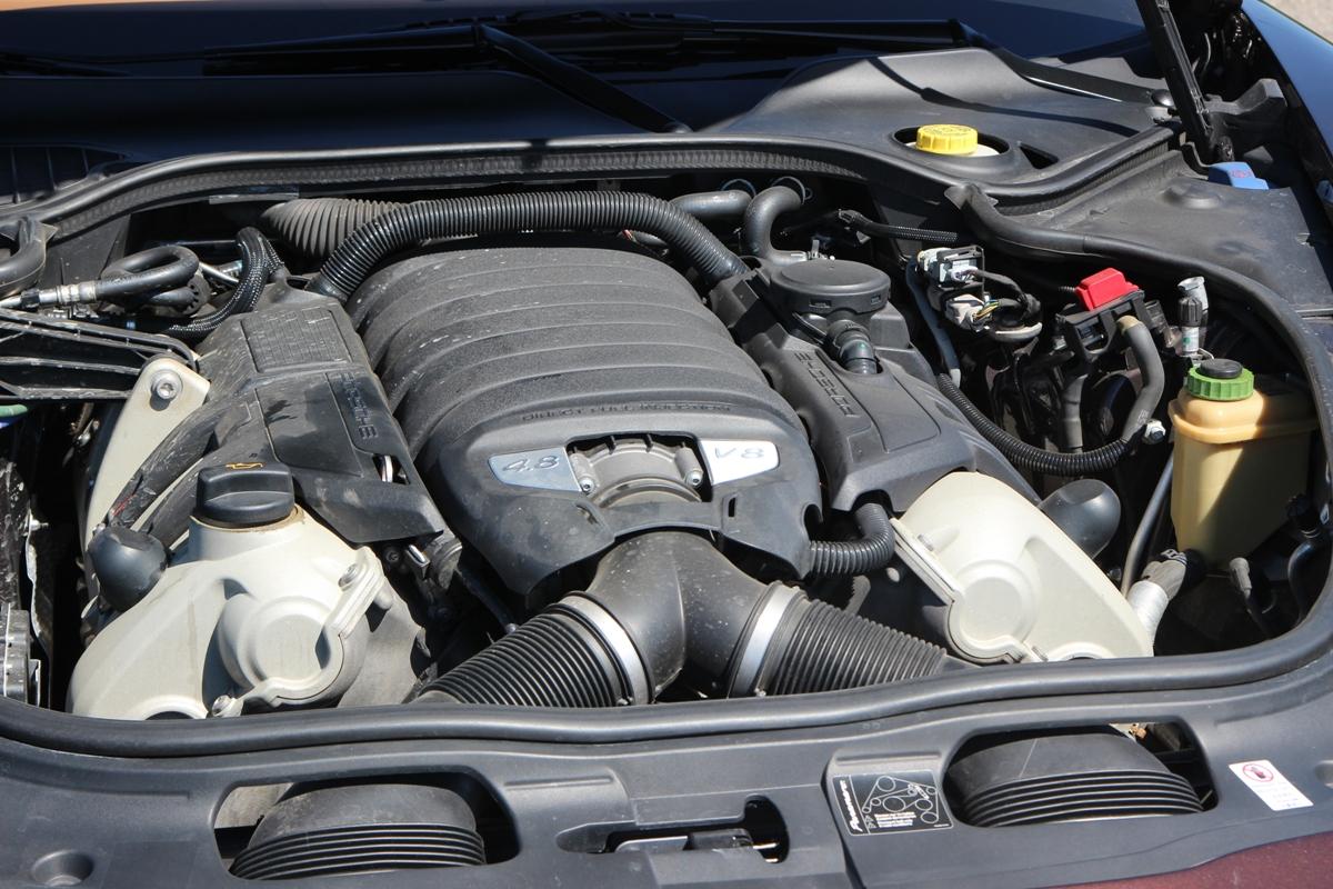 Мускулистый V8 Panamera
