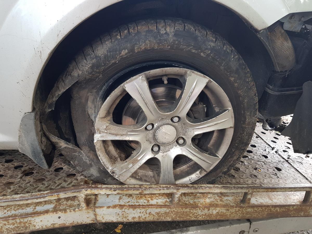 У авто явные повреждения