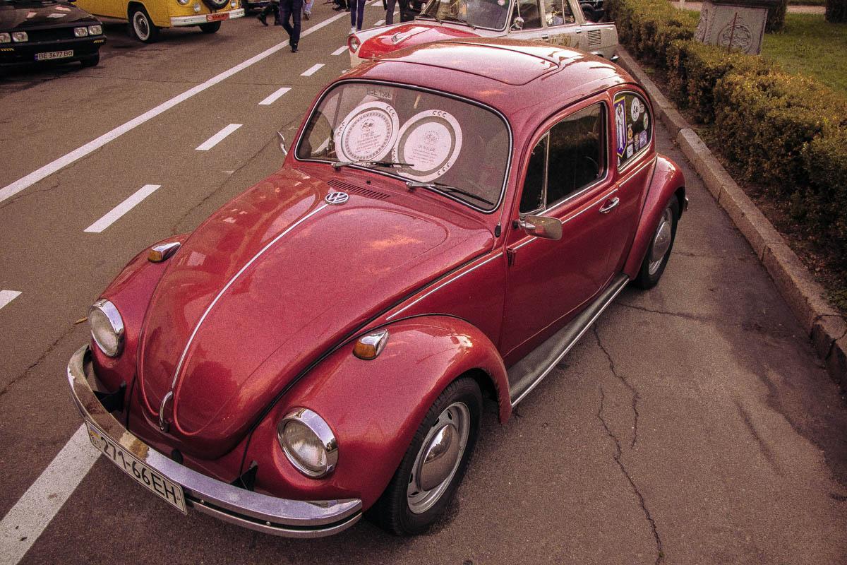 Старенький VW Beetle