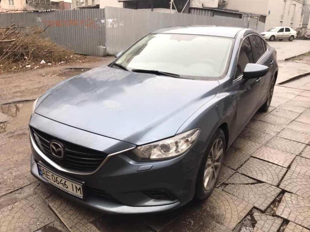 В Днепре угнали Mazda 6