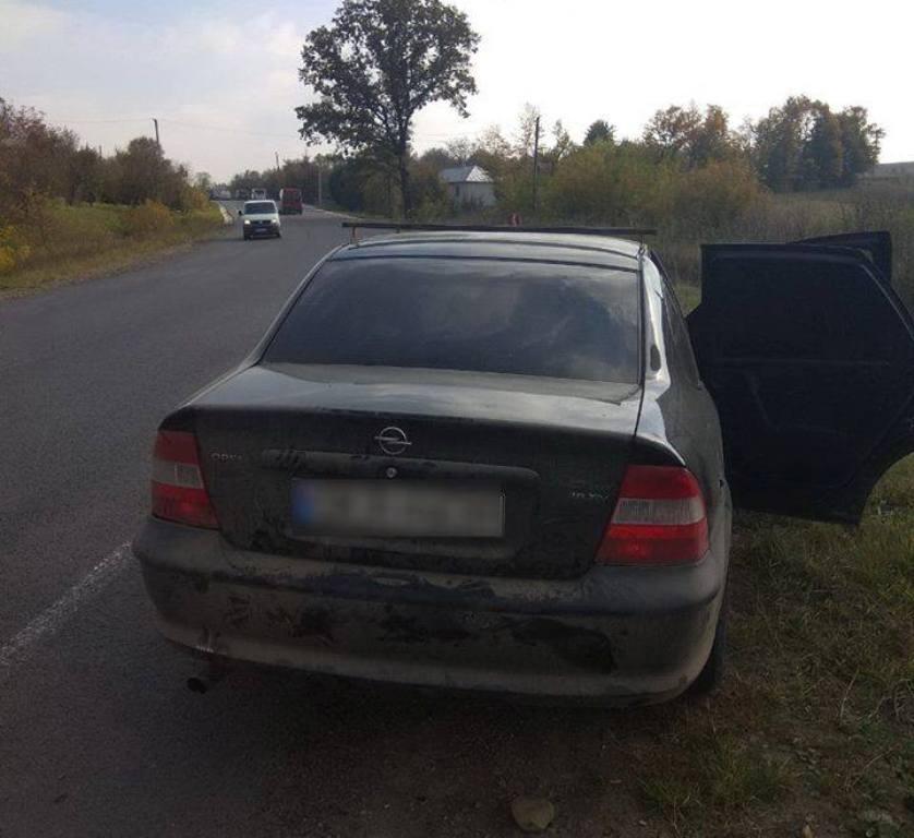 Пьяный водитель Opel Vectra превысил скорость и был остановлен полицейскими