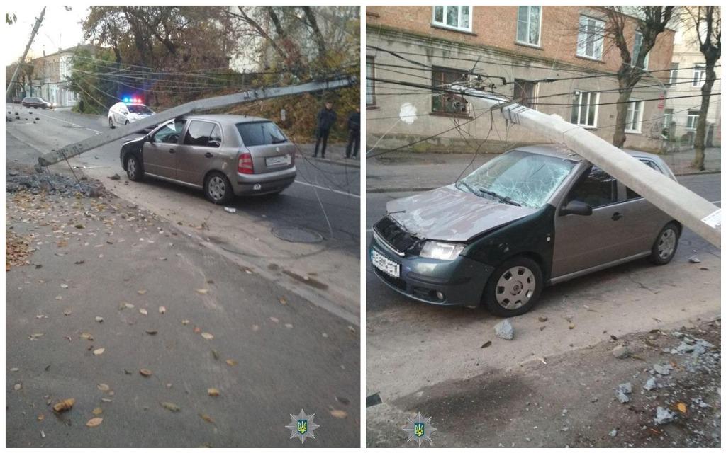 В результате ДТП пострадал автомобиль Skoda Fabia