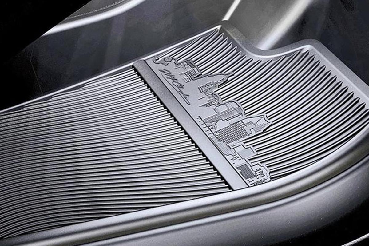 Силуэт Детройта на коврике Chrysler 200