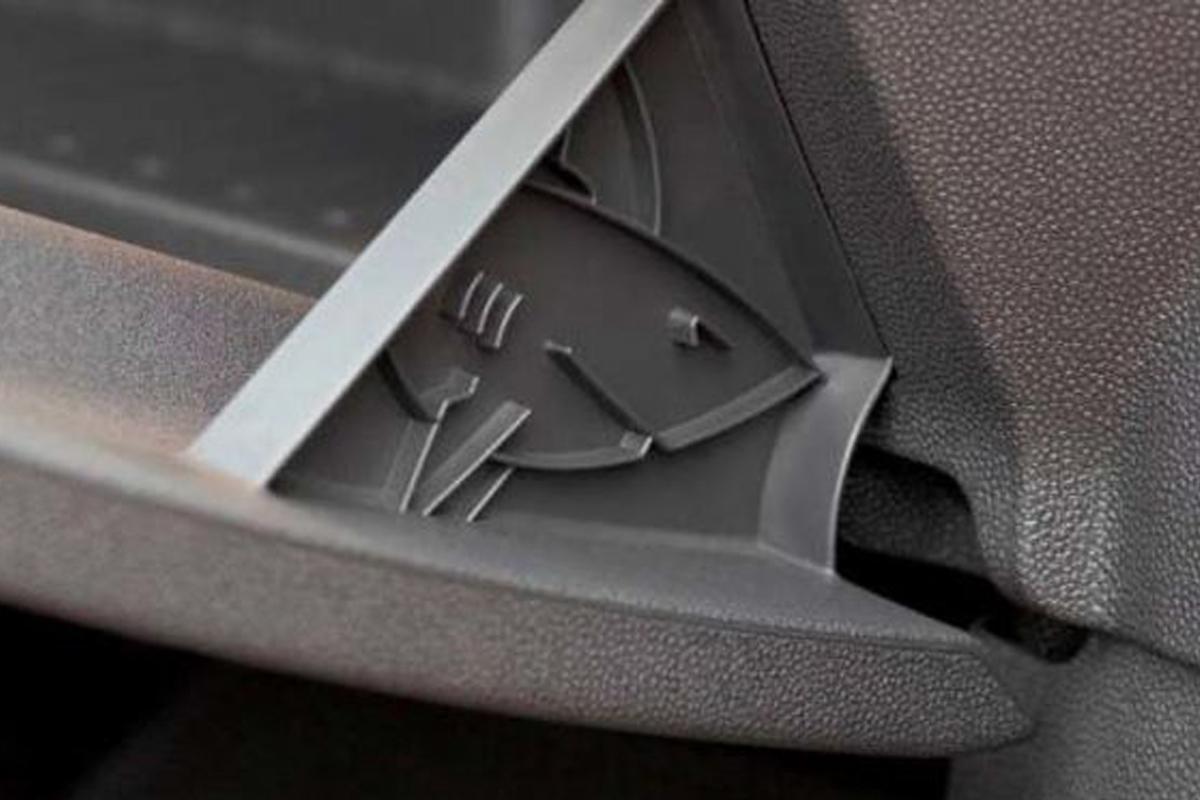 Акула в Opel стала настоящим символом