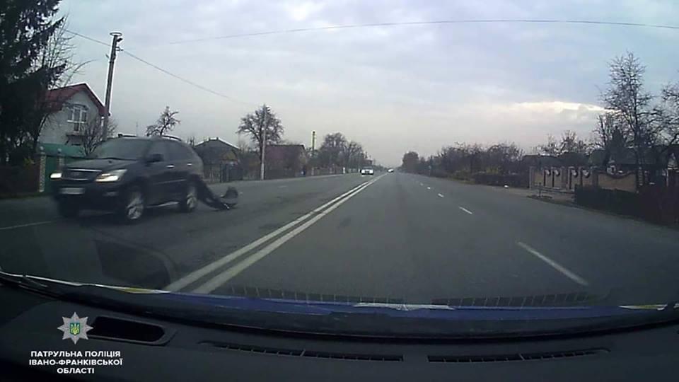 Водитель Lexus управляла авто в пьяном состоянии
