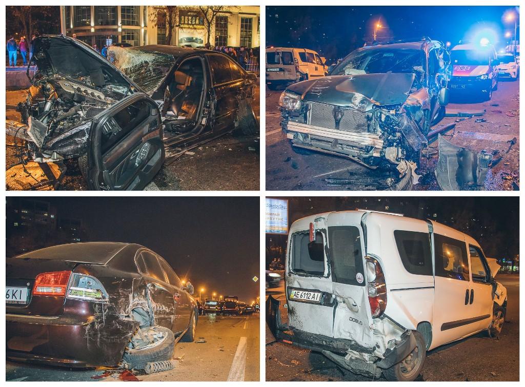 В результате ДТП пострадало 10 автомобилей