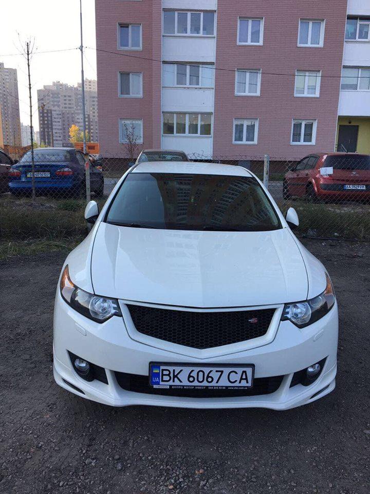 Автомобиль угнали в Киеве в ночь с 20 на 21 ноября