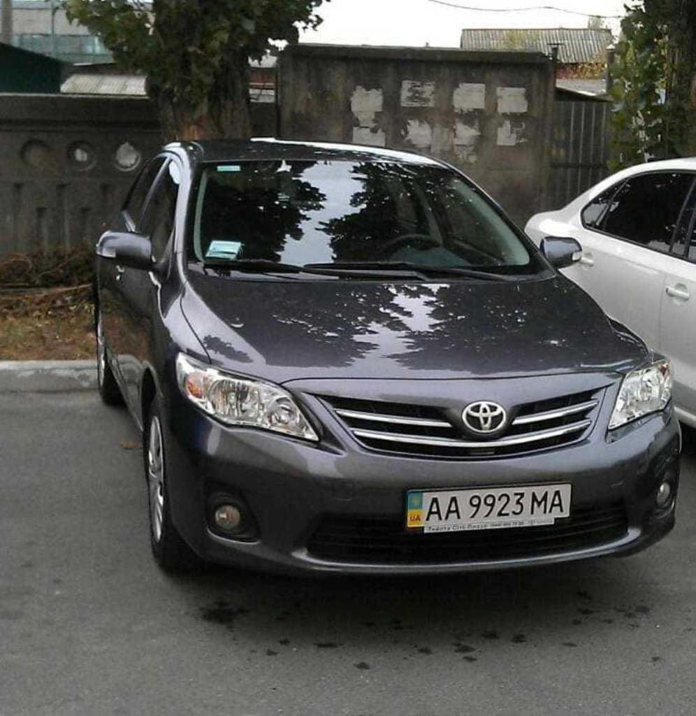 В Броварах угнали Toyota Corolla