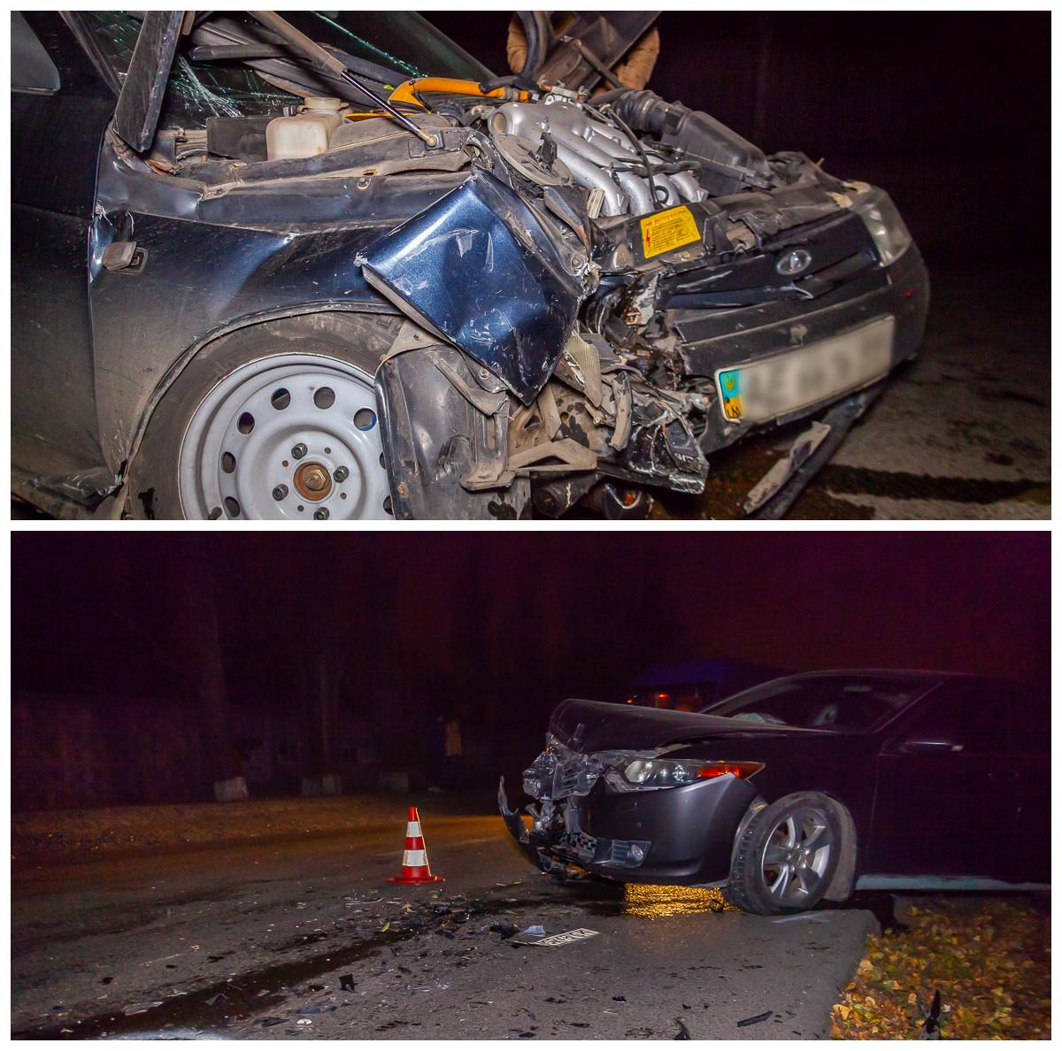 В результате столкновения пострадал водитель ВАЗ.