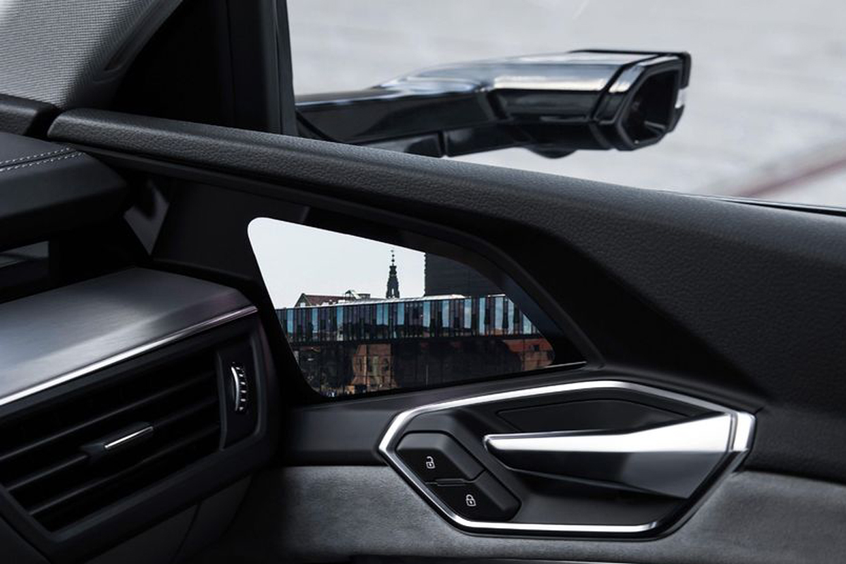 E-Tron Virtual Mirrors от Audi