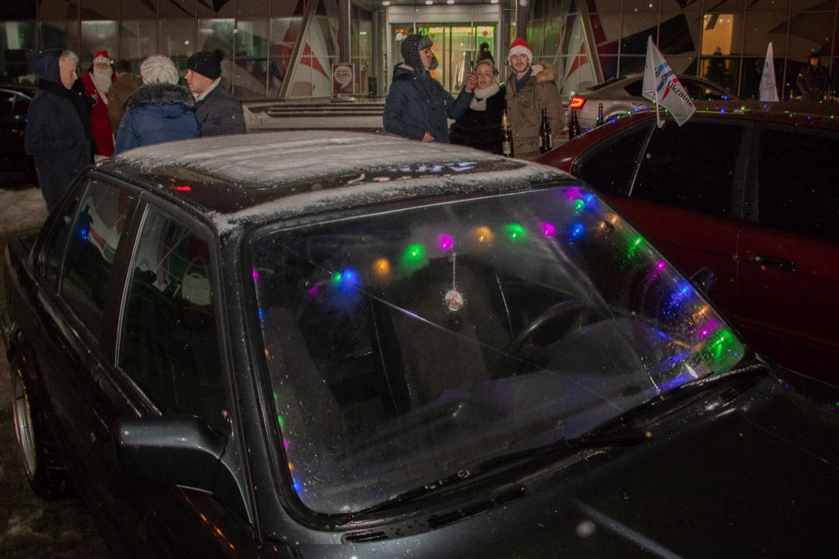В пробеге участвовали более 70 автомобилей