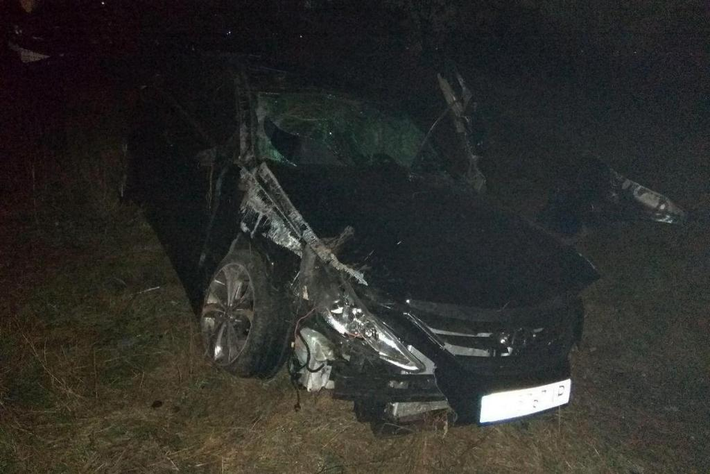 Водитель автомобиля погиб на месте