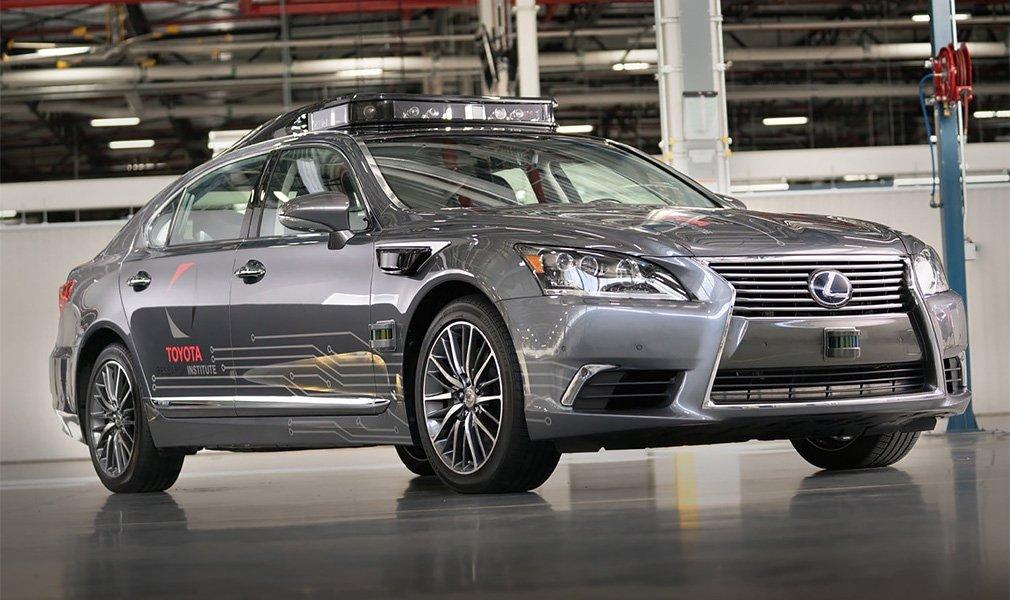 Lexus P4