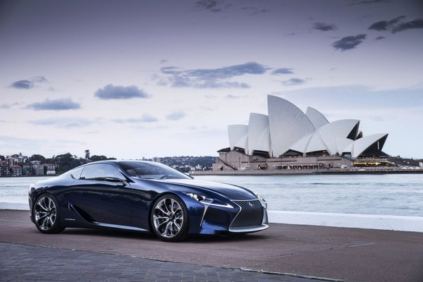 Водородный Lexus