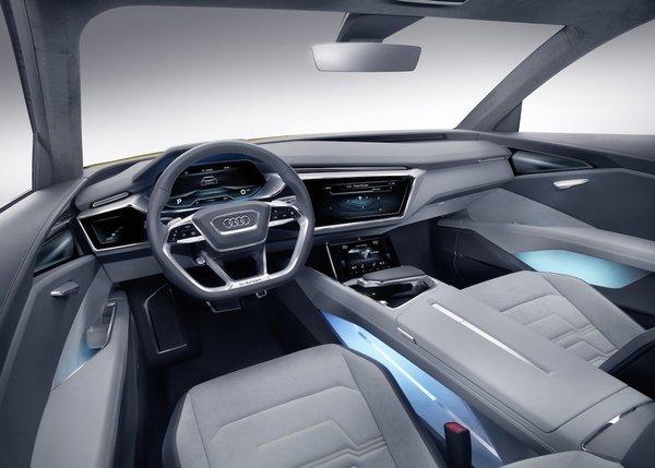 Салон Audi h-tron quattro