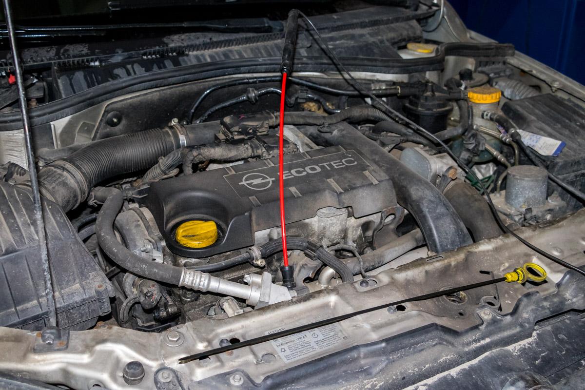 Таким образом мастера проверяют, какое количество вредных веществ выбрасывает двигатель в атмосферу