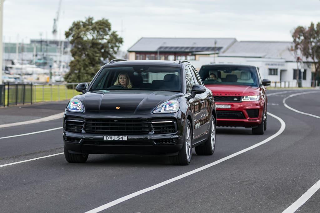 Land Rover Range Rover (2014) и Porsche Cayenne (2014)