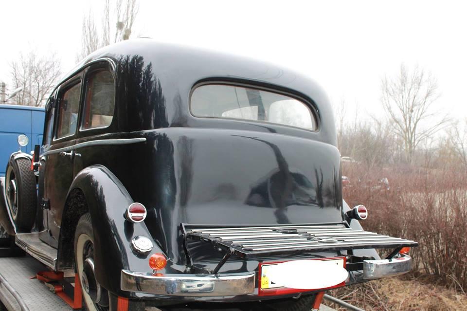 Автомобиль выпускался с 1938 по 1943 год и всего было изготовлено 770 единиц