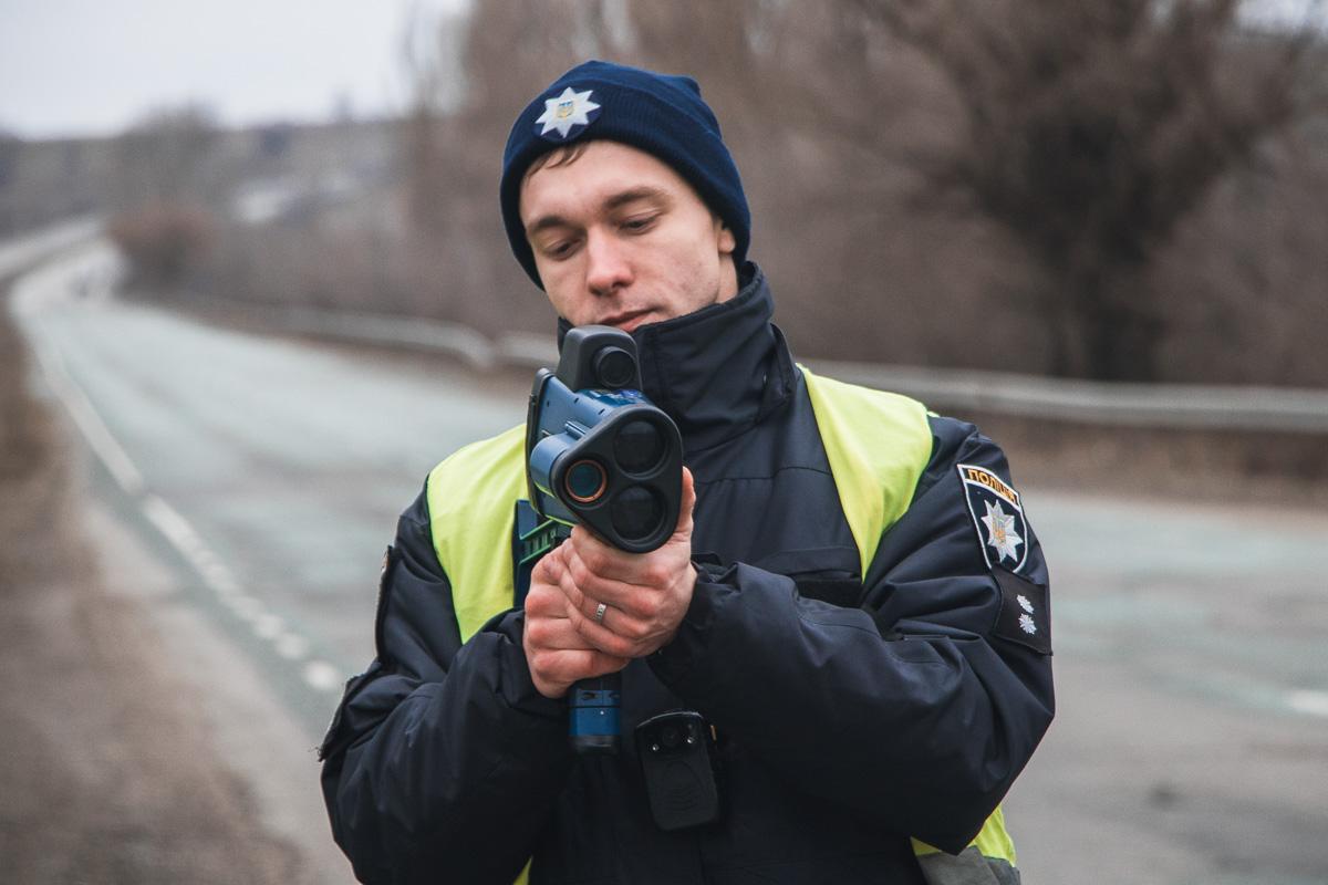 С 11 февраля полицейские фиксируют любителей быстрой езды при помощи TruCam