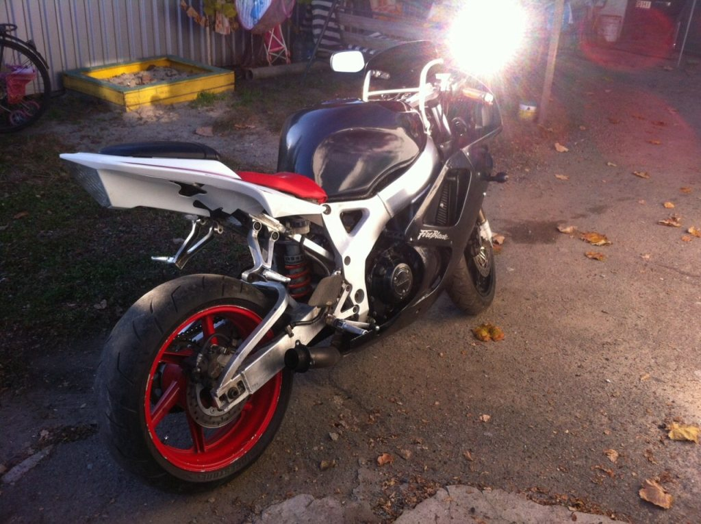 Мотоцикл угнали в ПГТ Илларионово
