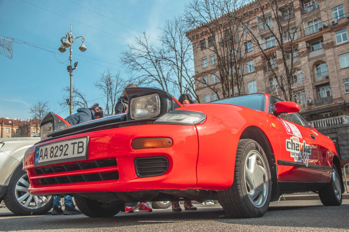 В гонке приняли участие многие интересные автомобили