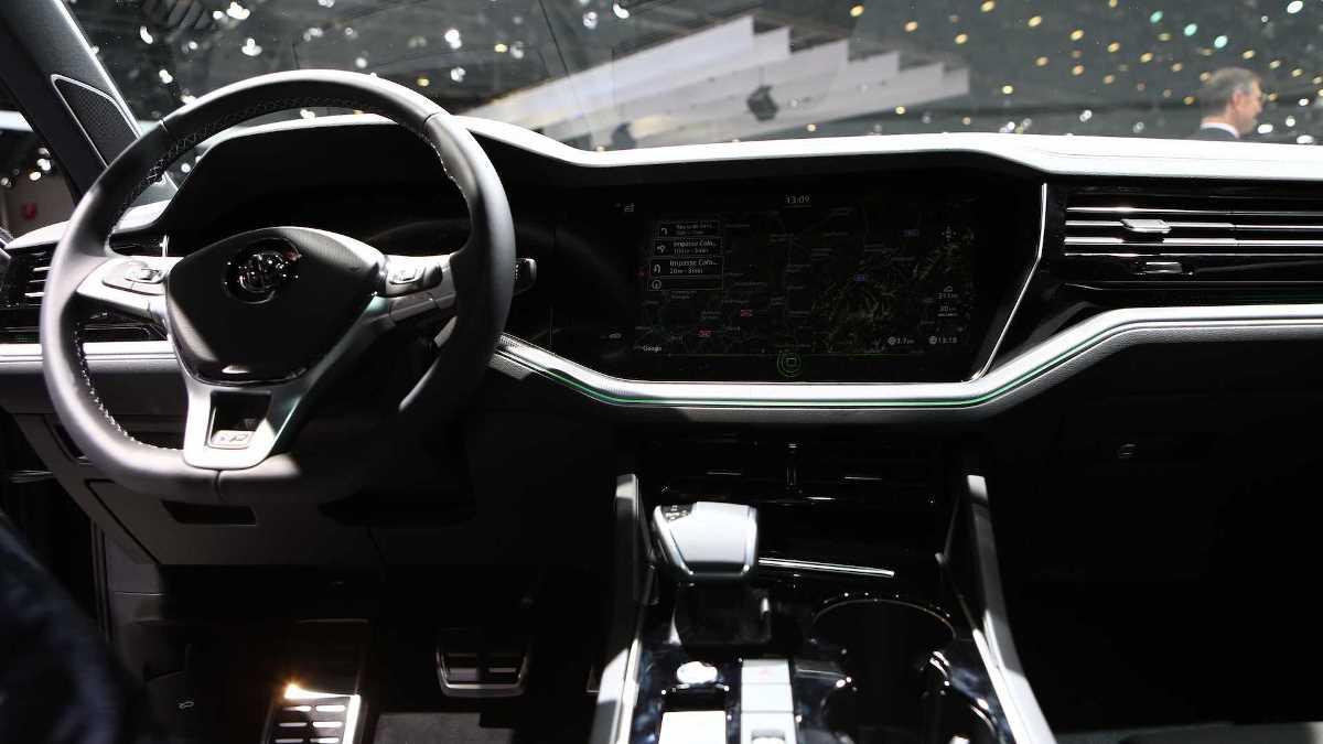 Модель получила дизельный V8 на 416 л.с.