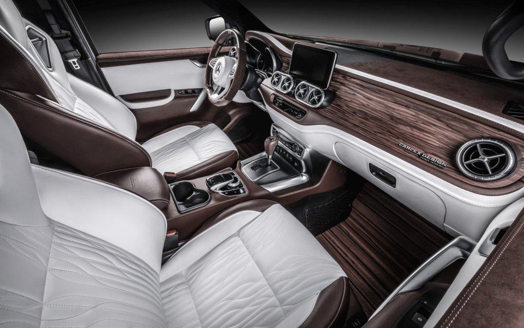 Роскошный салон Mercedes-Benz X-Class