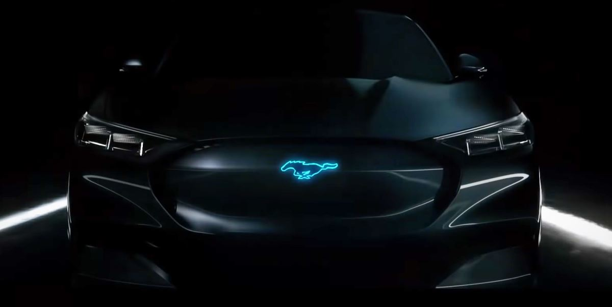 Кроссовер Ford Mustang Mach-E