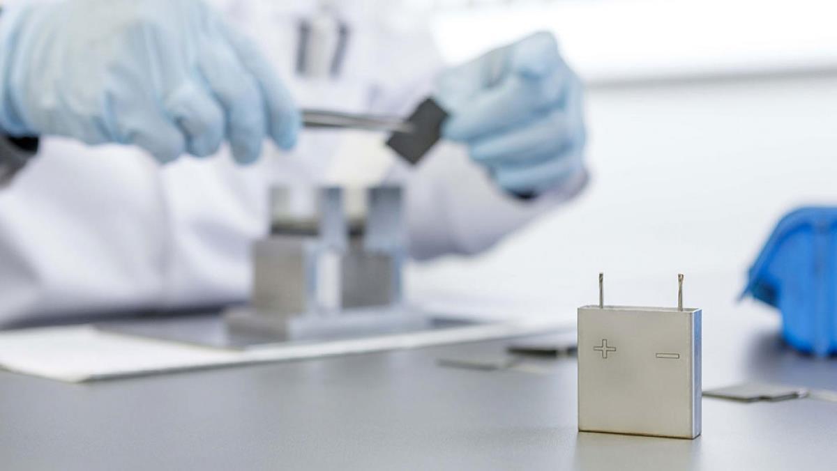 Innolith AG изобрела сверхмощную батарею