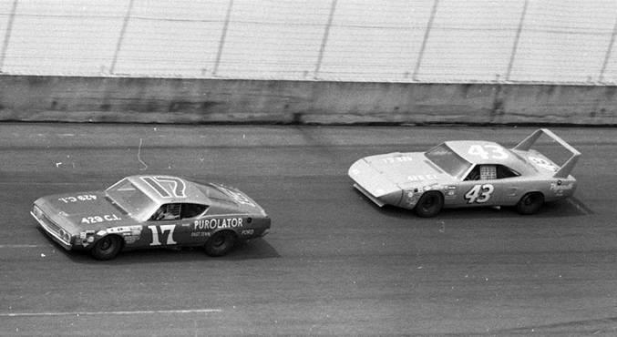 Ричард Петти 43 и Дэвид Персон 17, июль 1970 год