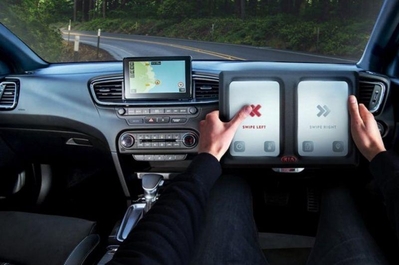 Руль-планшет от компании КIA
