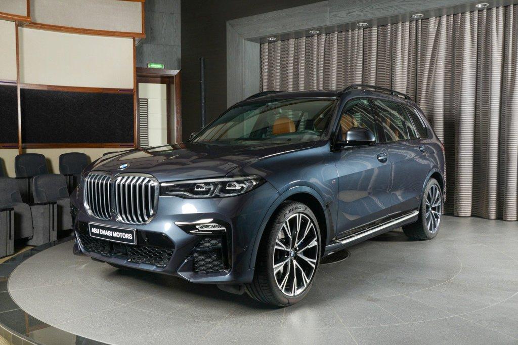 Внедорожник BMW X7 получил версию M Sport