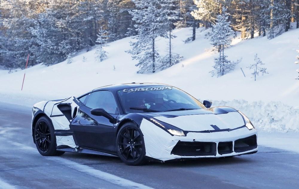 Ferrari покажет гибридный суперкар