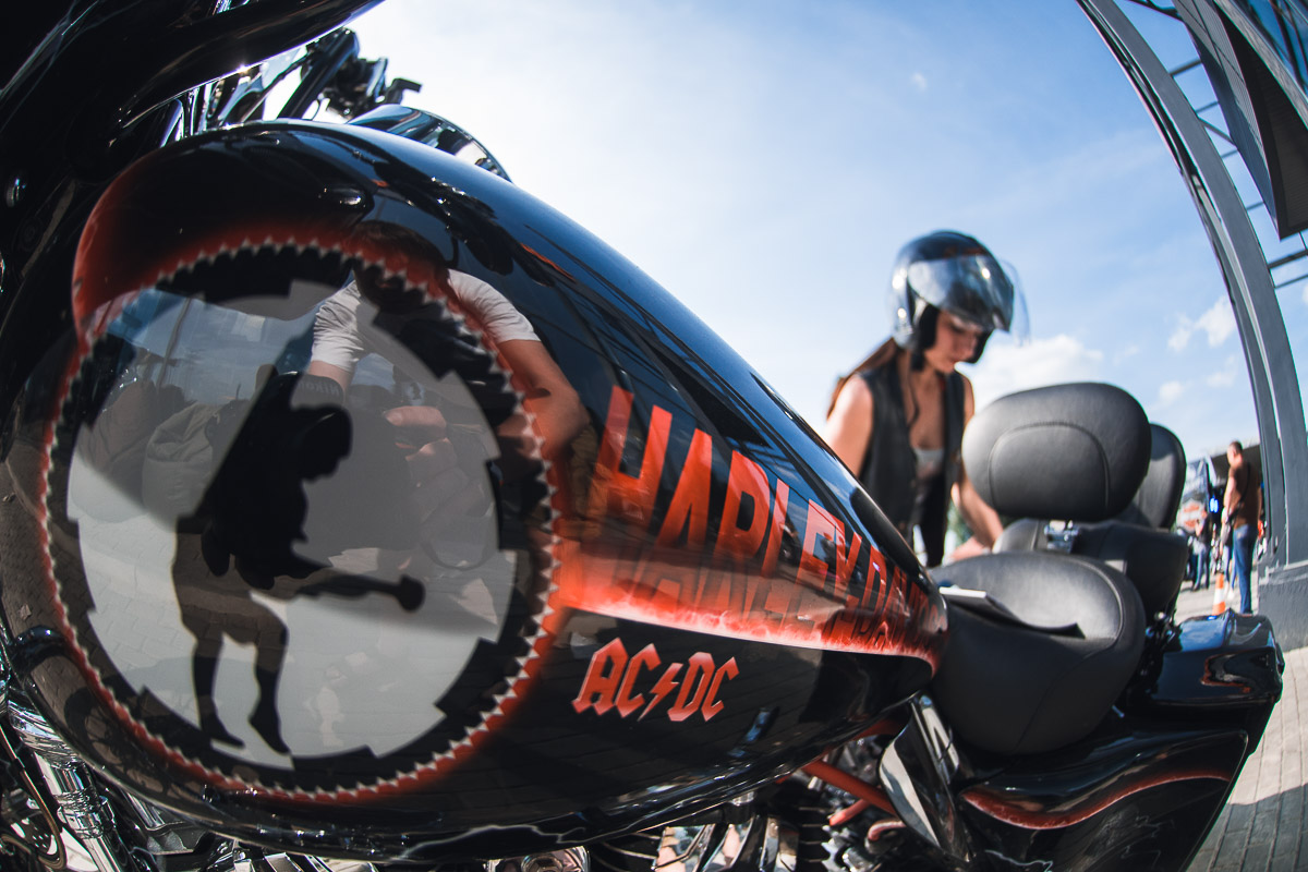 Под Днепром в ПГТ Слобожанское открыли самый большой в восточной Европе дилерский центр Harley-Davidson