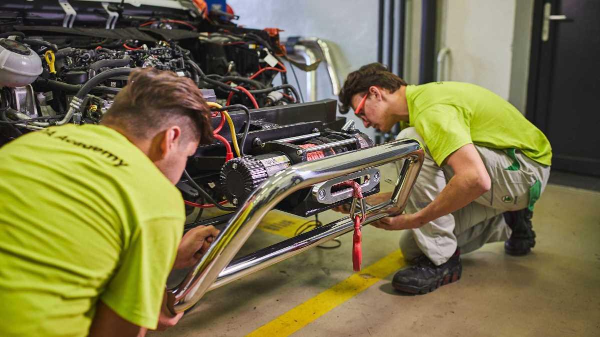 35 учеников школы машиностроения Skoda работают над проектом