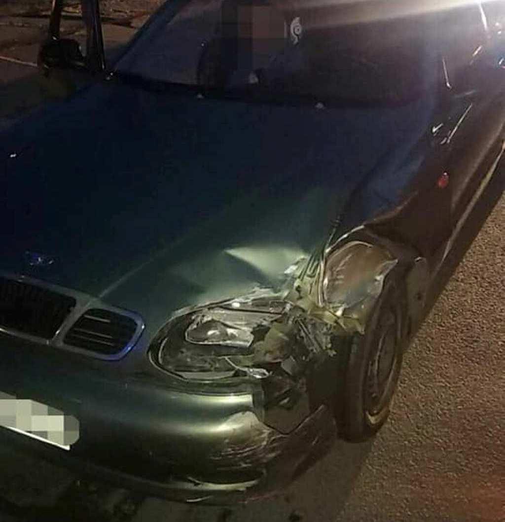Пьяный водитель Daewoo столкнулся с автомобилем ВАЗ