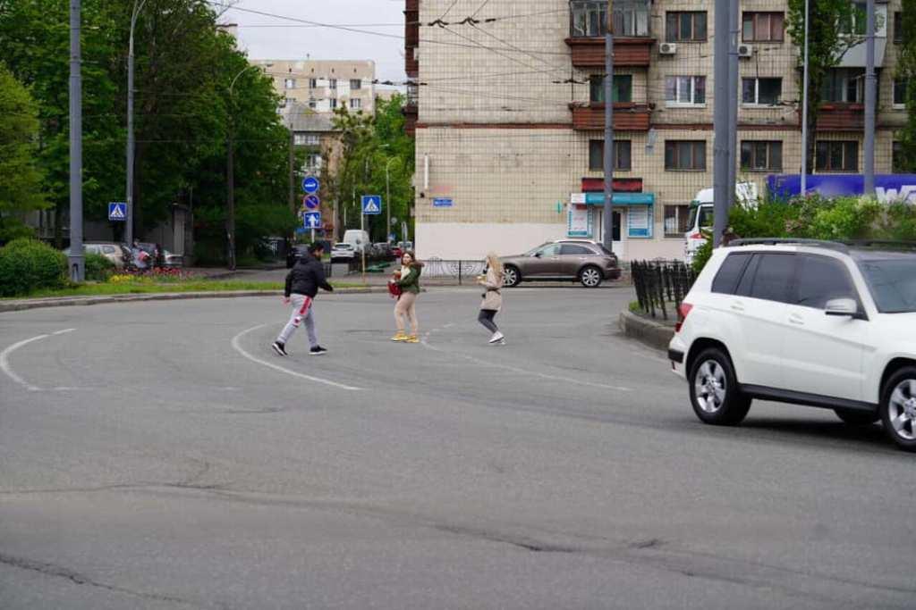 Права и обязанности пешеходов прописаны в разделе №4 ПДД