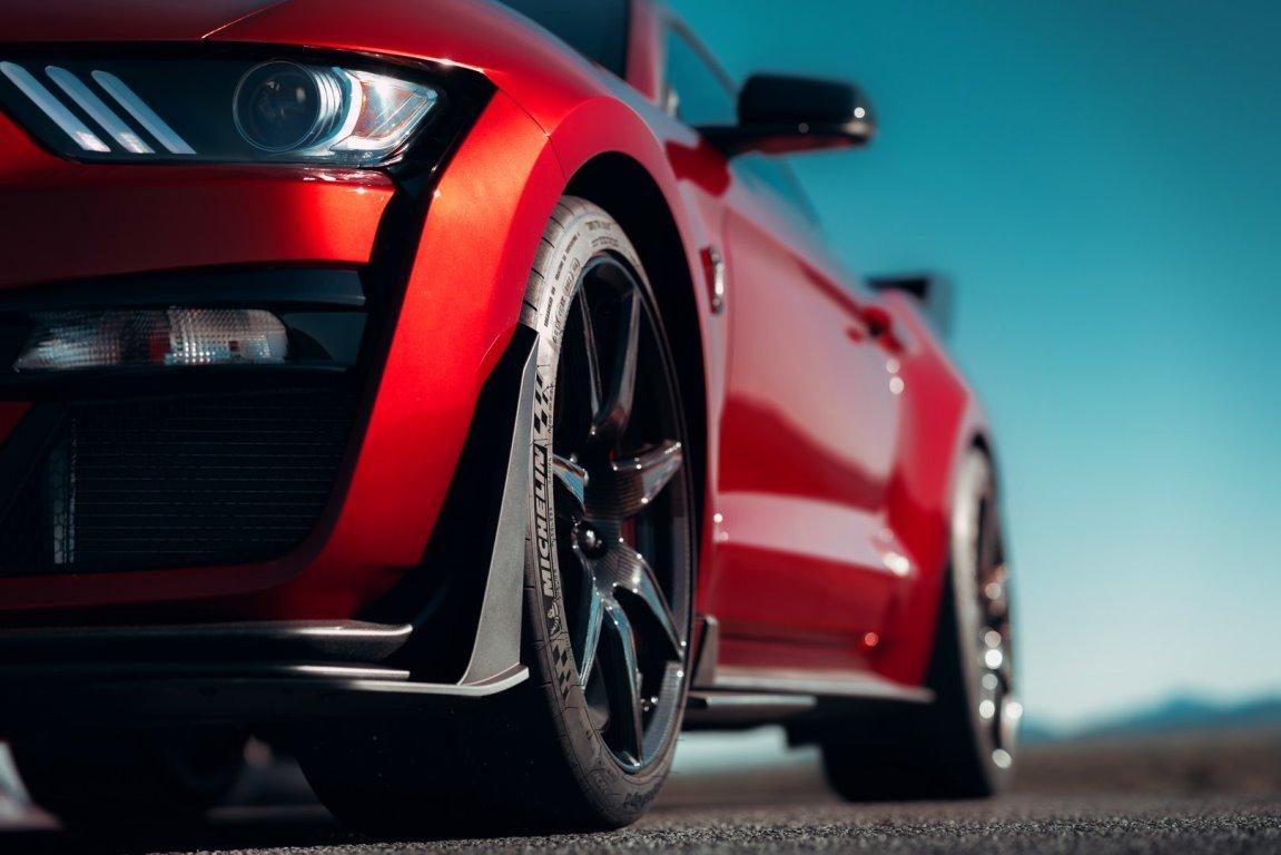Новый Ford Mustang Shelby GT500 станет самым мощным дорожным автомобилем в истории компании