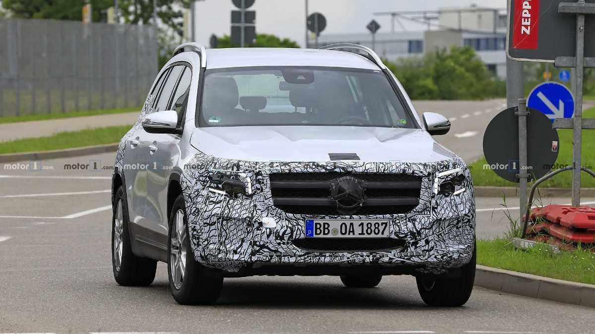 Mercedes-Benz готовит к выходу новый GLB