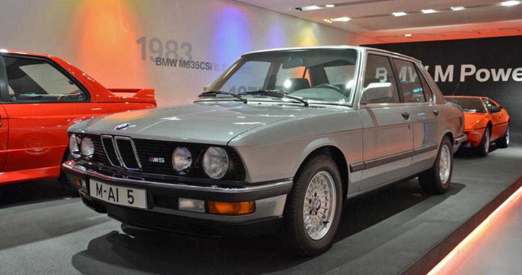 М5 (1985)