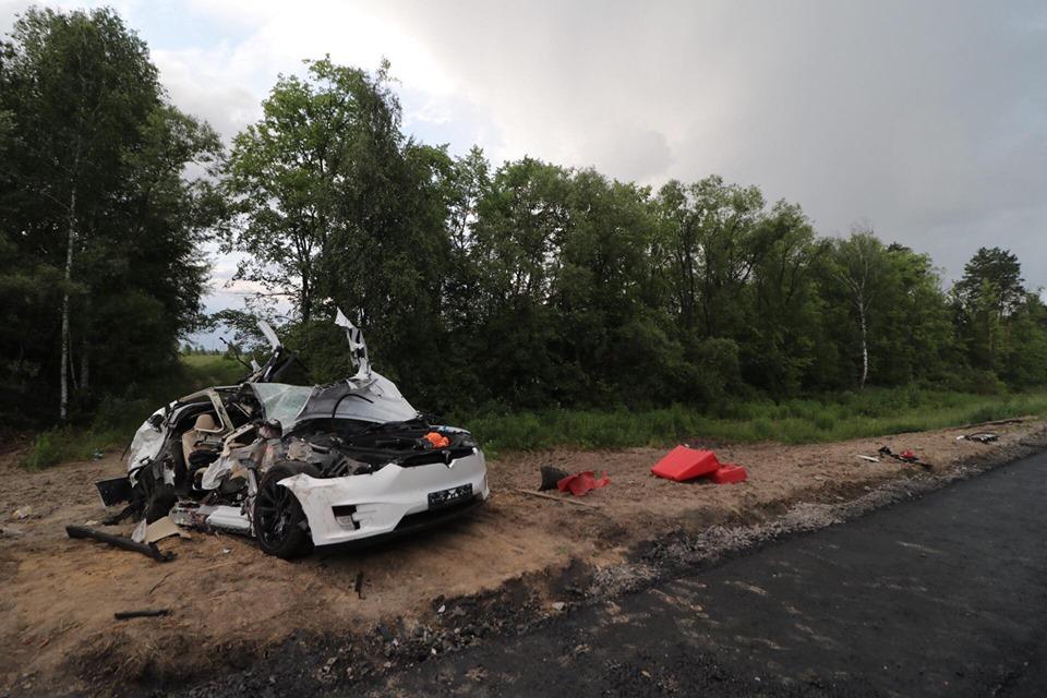 Водитель и второй пассажир не пострадали