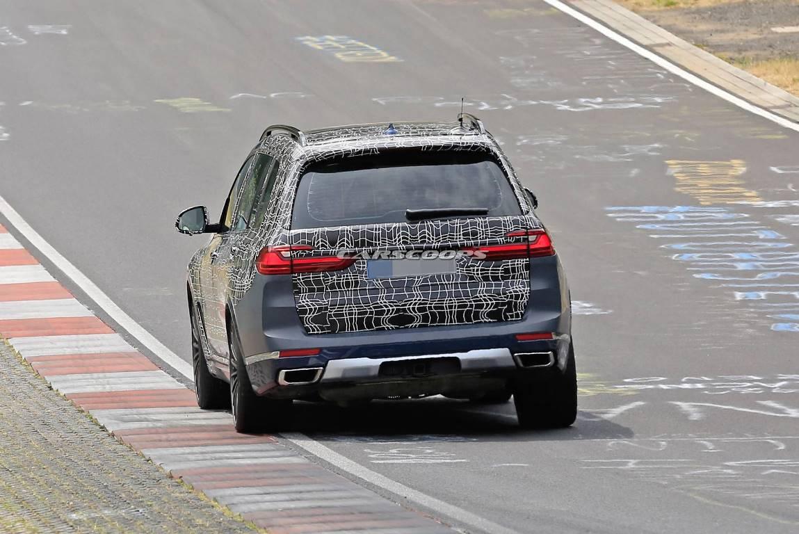 Он будет построен на топовой модификации BMW X7 - M50i xDrive