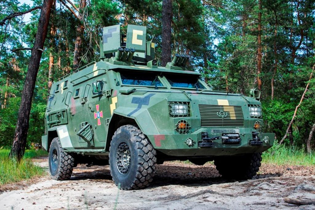 """""""Барс-8"""" стал вторым бронеавтомобилем Украины, который прошел все испытания"""