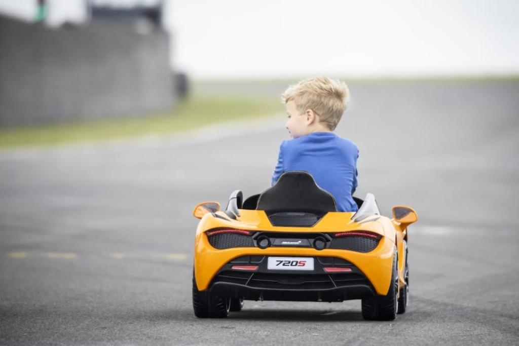 720S Ride-On предназначен для детей 3-6 лет
