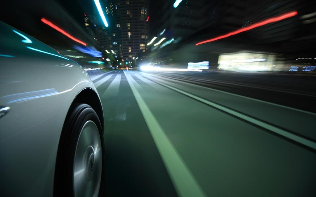 Водители-новички не смогут прокатиться по ночным дорогам Великобритании
