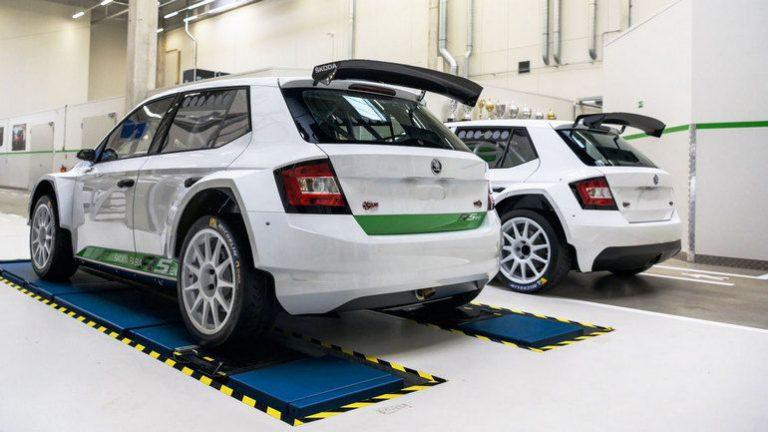 Новая модель оснащена 18-дюймовыми колесами