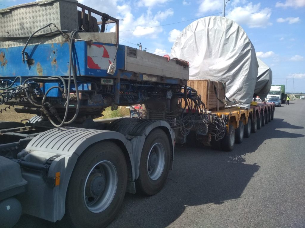 Общая масса автопоезда составила 110 тонн