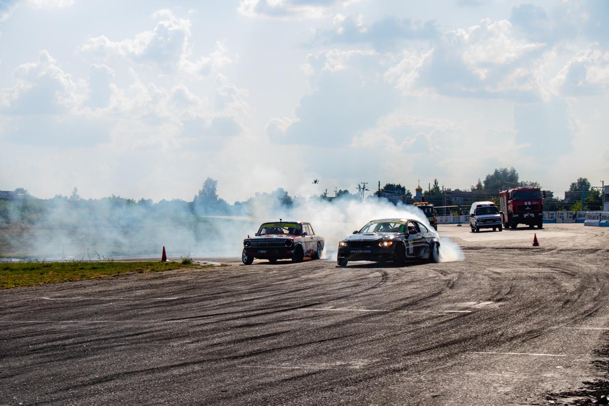 Для Волги с двигателем от Dodge Viper не страшны никакие BMW