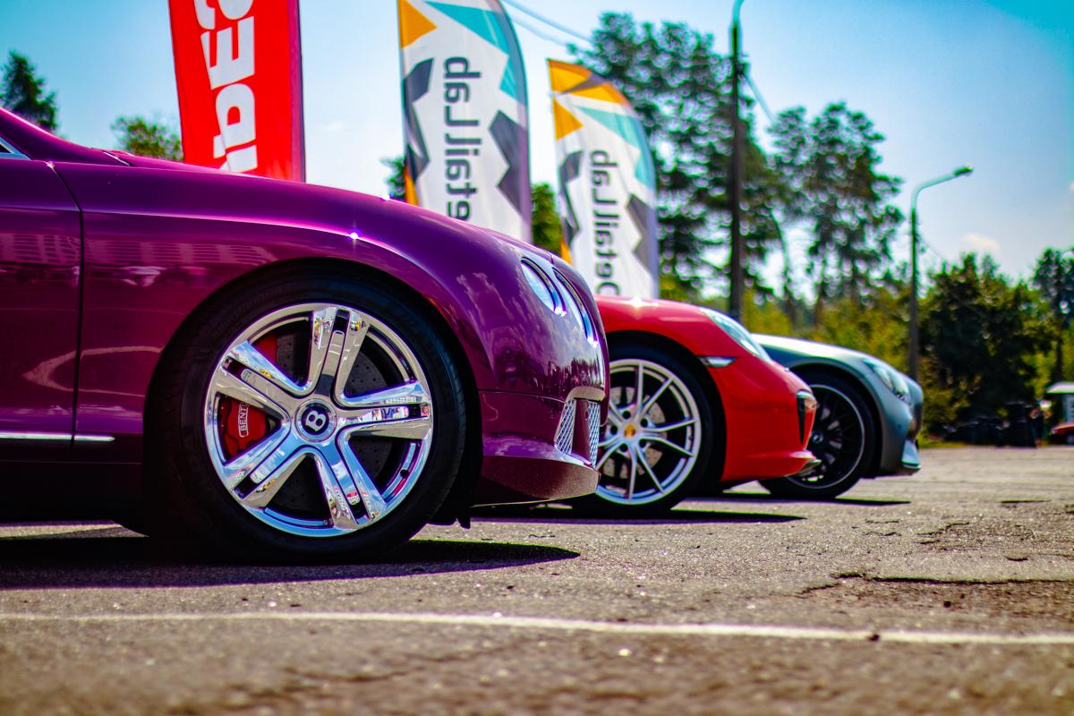 Bentley, Porsche, Mercedes-Benz